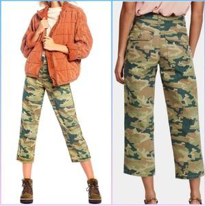 FREE PEOPLE Remy Camo Highwaist Cropped Pants, 25